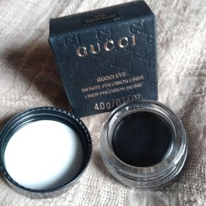 NWT Gucci eye infinite precision liner